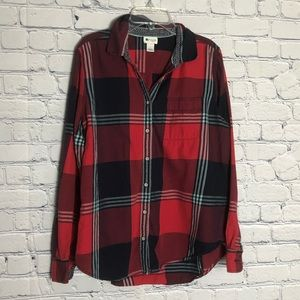 Stylus long sleeve button down size large